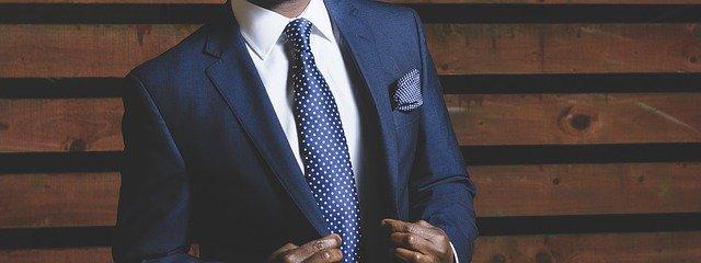 společenský oblek