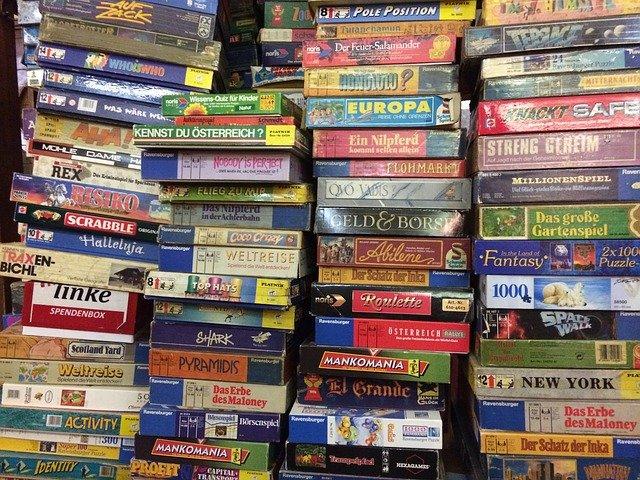 stolní hry a puzzle.jpg