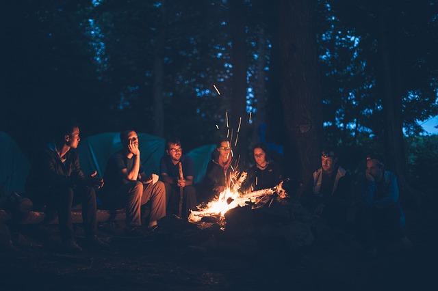 táborák v kempu