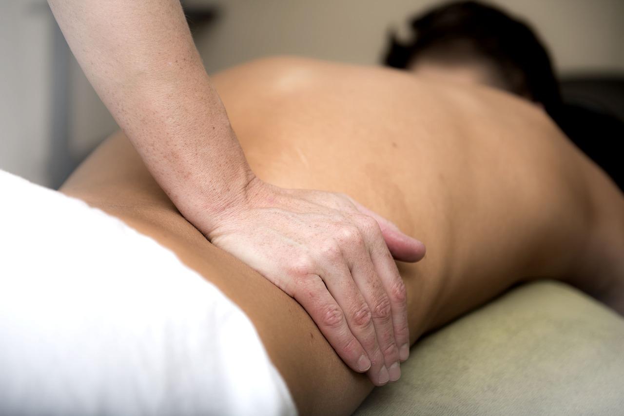 massage-3795692_1280